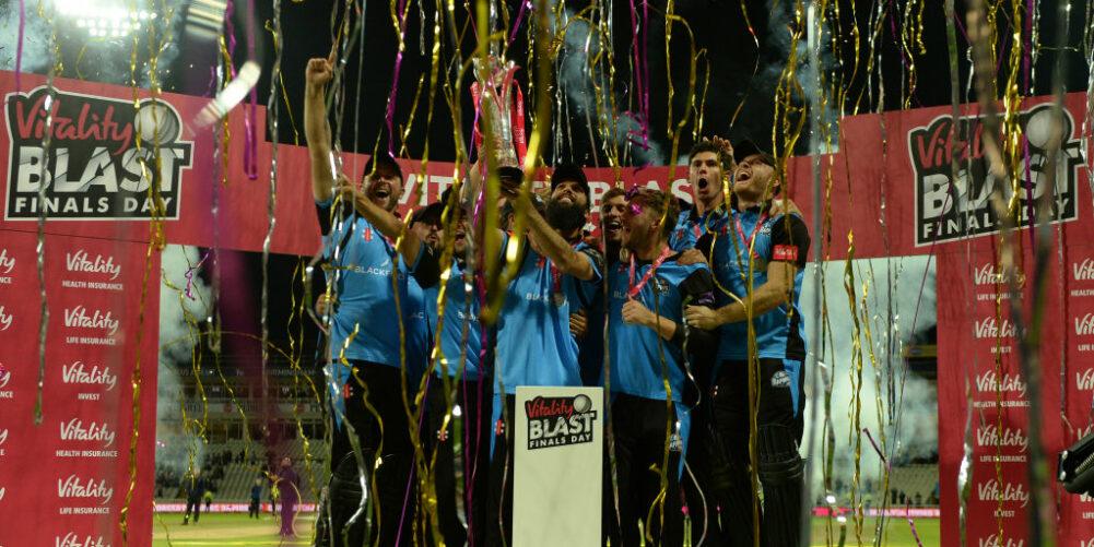 Worcestershire Rapids celebrate winning 2018 T20 Blast