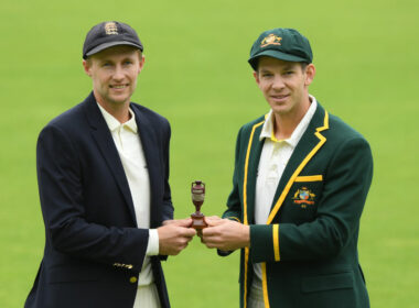 Joe Root and Tim Paine - Ashes cricket